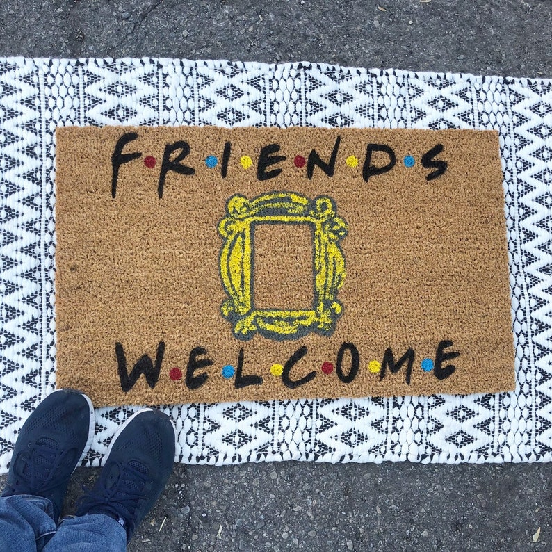 16. F.R.I.E.N.D.S Welcome Doormat