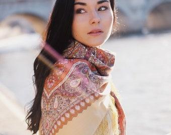foulard russe 146 cm laine fine frange authentique Pavlovski Possad châle  russe dessin floral, foulard ethnique, châle bohème 3b6b2c4bcf4
