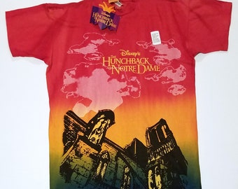 newest afd62 c54de nwt Vintage Disney The Hunchback of Notre Dame Red Yellow Green Graphic  T-Shirt Large