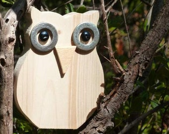 Decorative wooden OWL