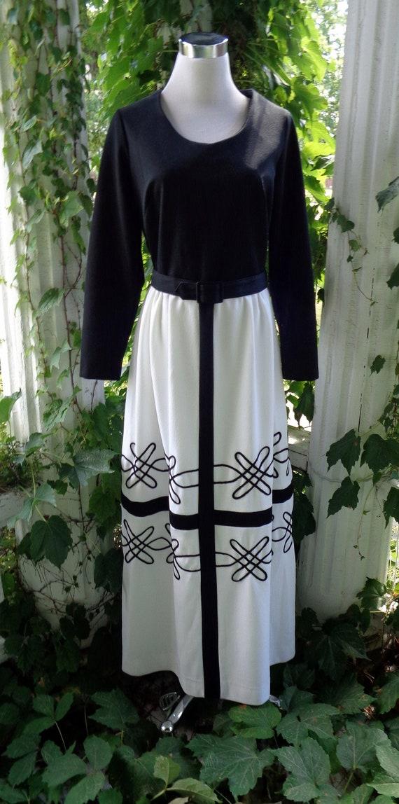 Toni Todd Vintage  Hostess Dress M