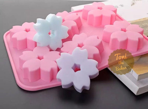 6 cavities Flower silicone soap mold bear soap mold silicone molds flower plaster mold Ice mold silicone mold resin mold candle mold