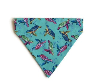 Turtles over the collar dog bandana, Over the Collar bandana, Slip on dog bandana, Sea turtles dog bandana