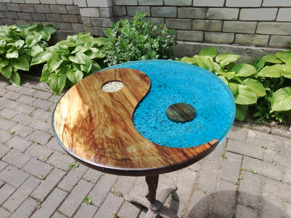 table ronde r sine poxy etsy. Black Bedroom Furniture Sets. Home Design Ideas