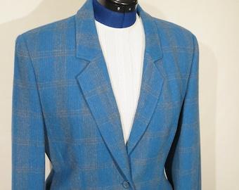 Pendleton two piece women's blue power suit.