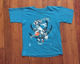 a0c88cb87 Vintage 1990s Looney Tunes Charlotte Hornets Youth Large Shirt Teal Blue