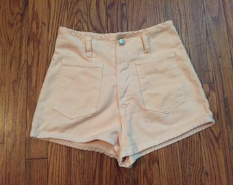 Vintage Women's Navi Light Pink Shorts Small 26-27
