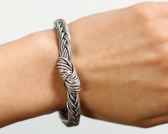 Handmade Sterling Silver Braided Bangle / DAZOA
