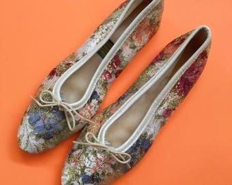 1960s Vintage Daniel Green Metallic Floral Slippers | US 9