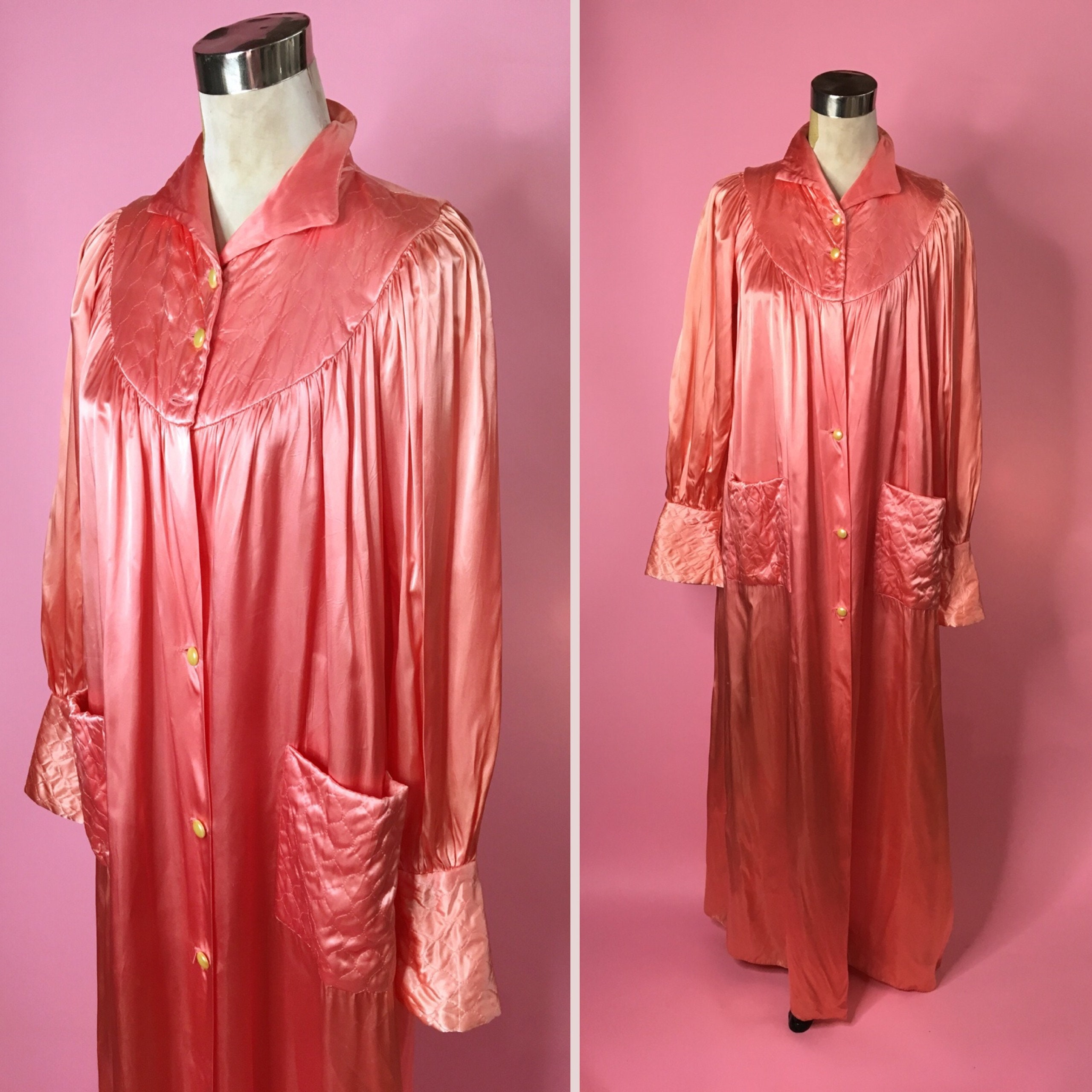 1940s Dressing Gown: 1940s 50s Satin Quilted Salmon Pink Dressing Gown Vintage