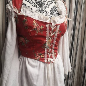 Medieval gothic corset lace up bodice bustier pink quilted  renaissance faire harlot wench mistress lady pirate bodycon costume adjustable