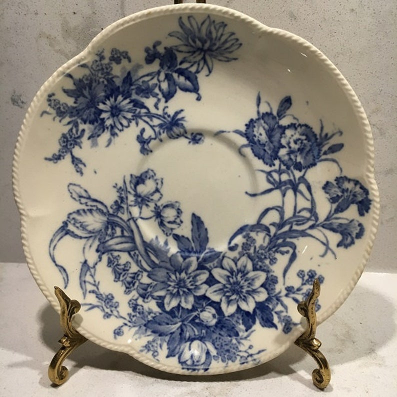 \u201cFloral Beauty\u201d England J /& G Meakin Three Matching Transferware Blue and White Saucers 6in