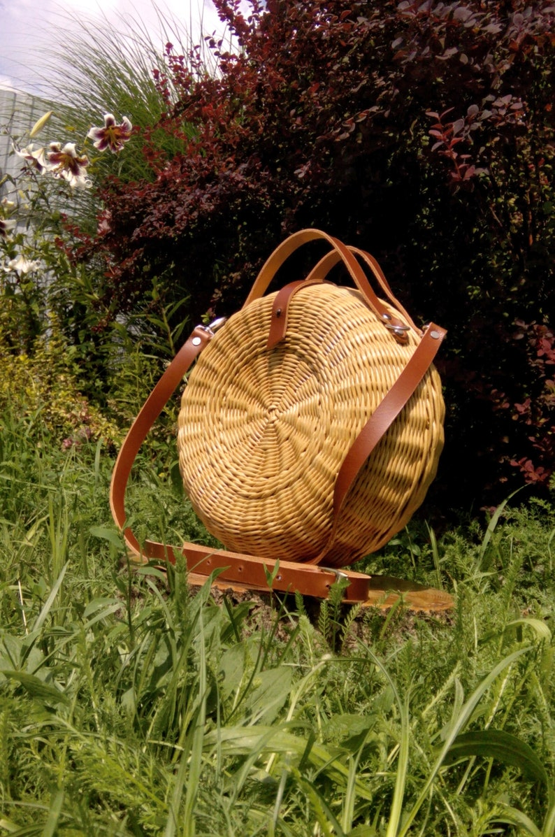 e236dcf7c2 Woven round bag with leather handles, Braided bag,Wicker bag, Basket bag,  Wicker tote, Handwoven bag with handles, Bag with Leather Handles