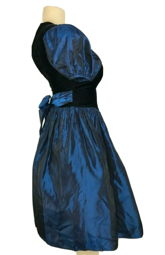 1980s Prom Dress Vintage Black Velvet Iridescent … - image 6
