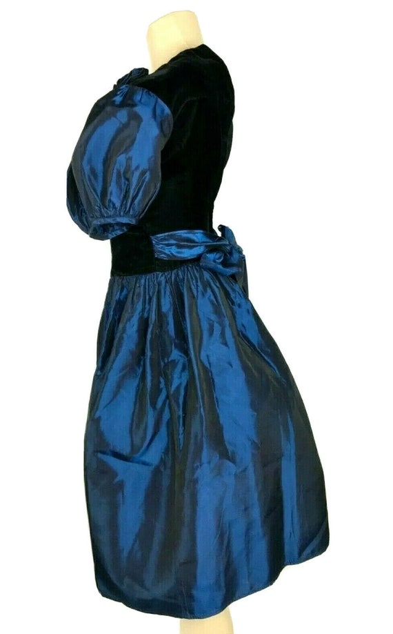 1980s Prom Dress Vintage Black Velvet Iridescent … - image 8