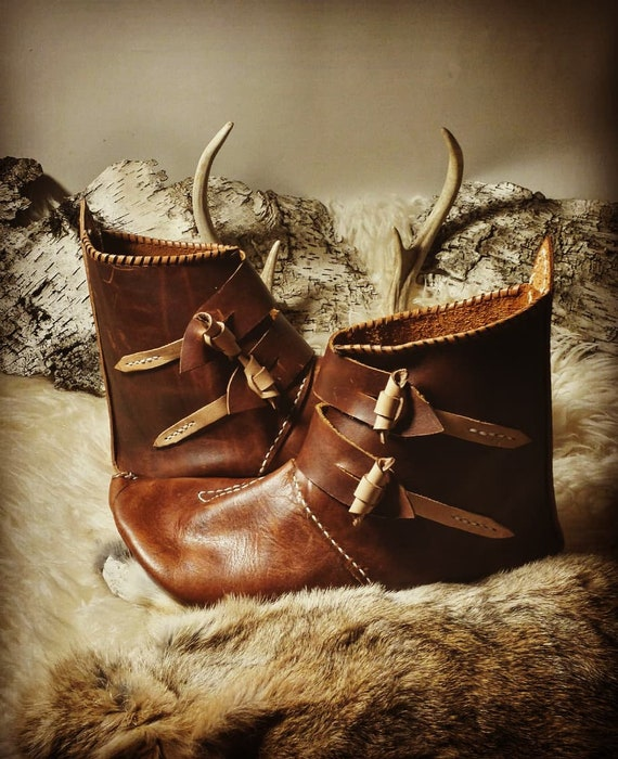 Leather Viking Turnshoe Style Shoes, Jorvik Boots