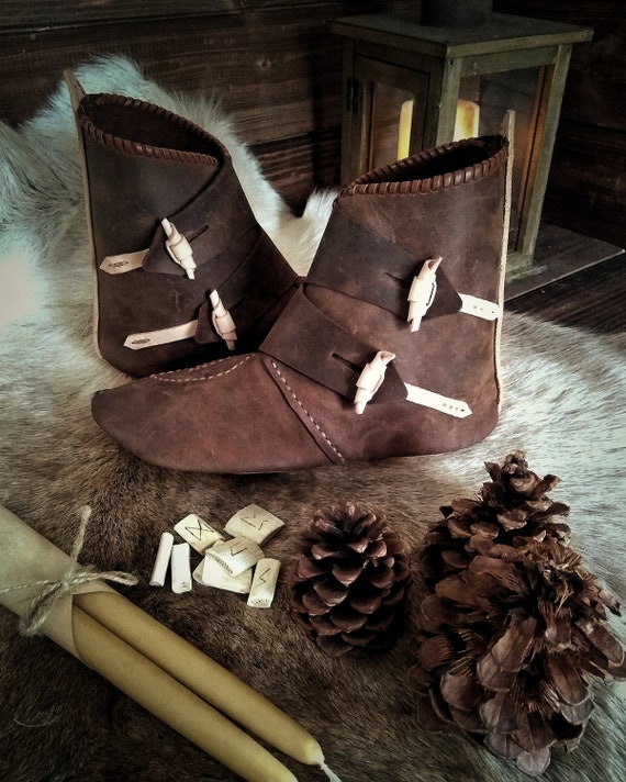 Leather Viking Turnshoe Style Shoes, Jorvik Boots
