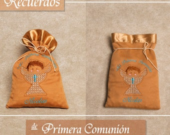 Embroidered and personalized reminders for communion