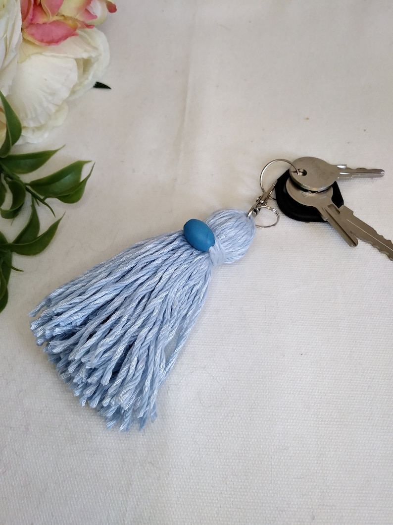 tassel keychain long tassel backpack charm tassel planner charm tassel zipper pull charm Handmade blue tassel bag charm llavero de mota