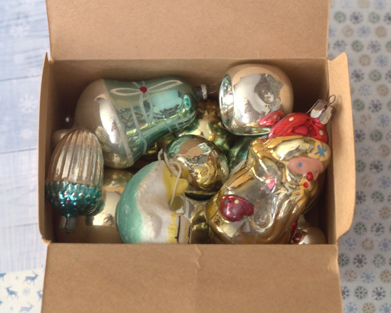 figurine bunny vintage christmas decoration Christmas glass tree toy Retro holiday decor 50s Blown glass ornament