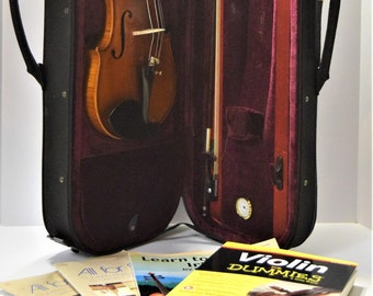 Beautiful Capri Violin with Fantastic Case, Bow, Wolf Forte Shoulder Rest and 4 Instructional Books