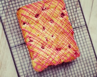 White Chocolate and Raspberry Blondie's, Berrylicious, Gifts for Foodies, Chocolate Heaven,  Baked Gifts, Brownies