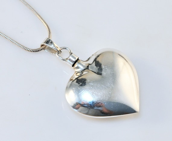 Vintage Sterling Silver Puffed Heart Perfume Penda