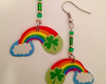 St. Patricks Day (Clovers and Rainbow)