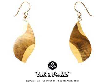 hypoallergenic titanium hooks slow jewelry eco-friendly upcycling of local wood species hand made organic linseed oil wooden earrings