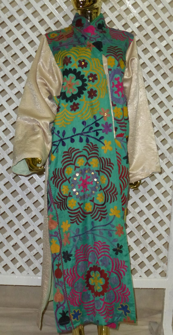 jacket light condition natural unisex chapan 060 kaftan Uzbek turquoise suzani style coat embroidered mint ivory hand silk vintage original 6CnCvHqw