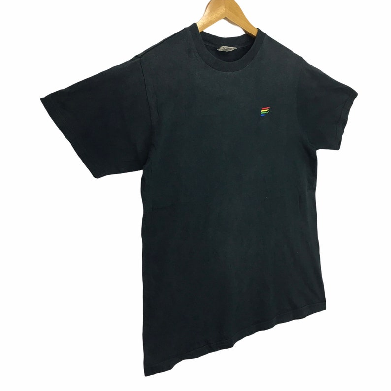 Vtg BENETTON FORMULA 1 Racing Team Round Neck Tee Shirt Spell Out Streetwear Clothing