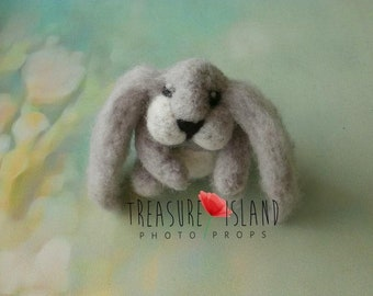 FELTED RABBIT,felted animal,EASTER