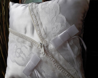 Zip and lace white satin wedding ring pillow