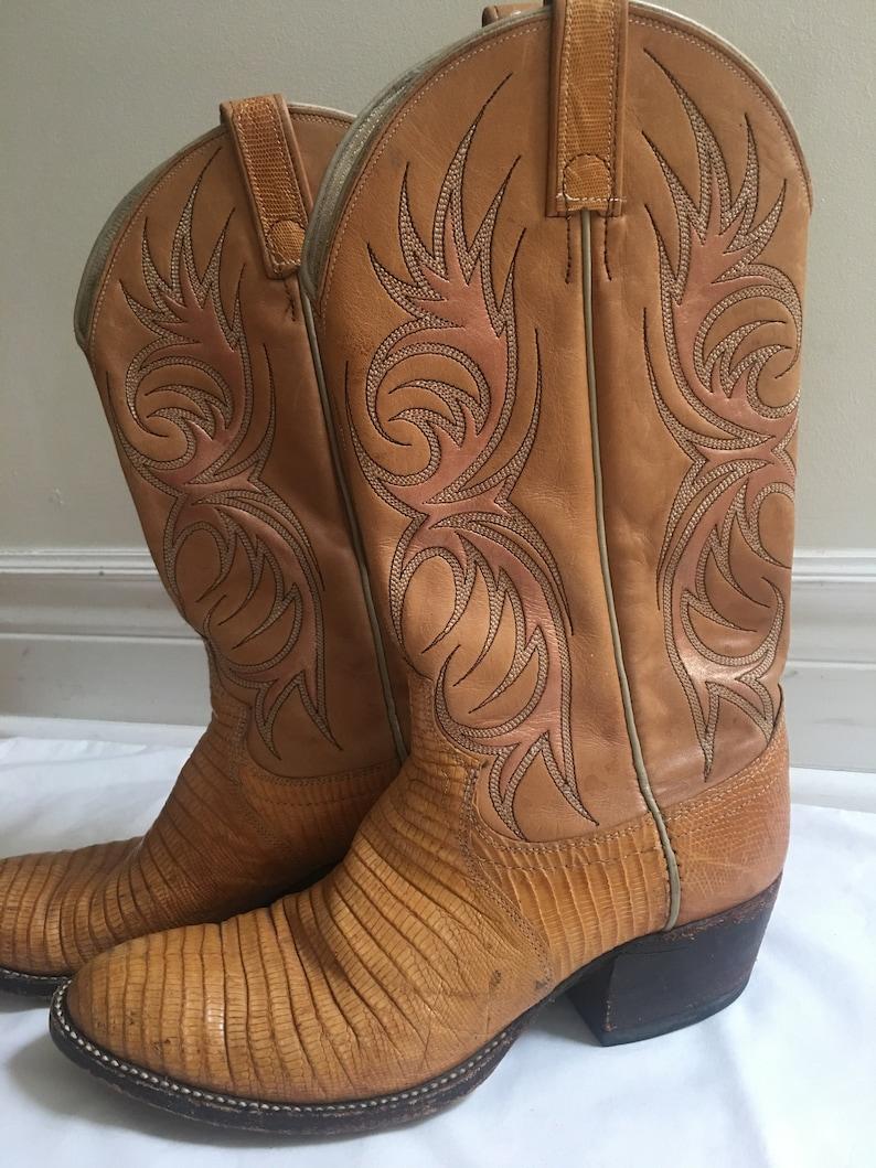 89739601b88 Vintage hand painted cowboy boots sz 10