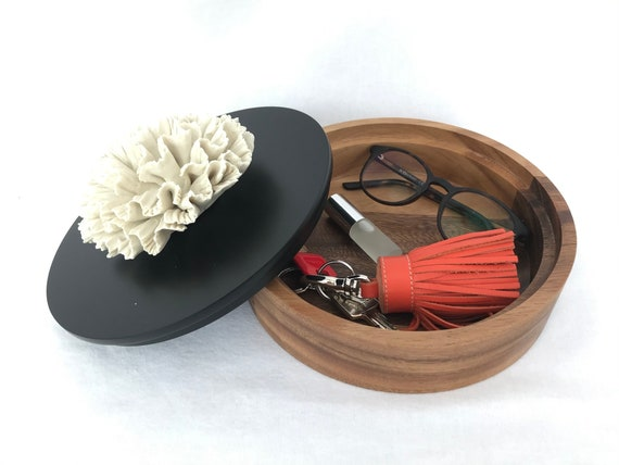 Jewel box with lid ceramic flower on top round shape 20 cm diameter
