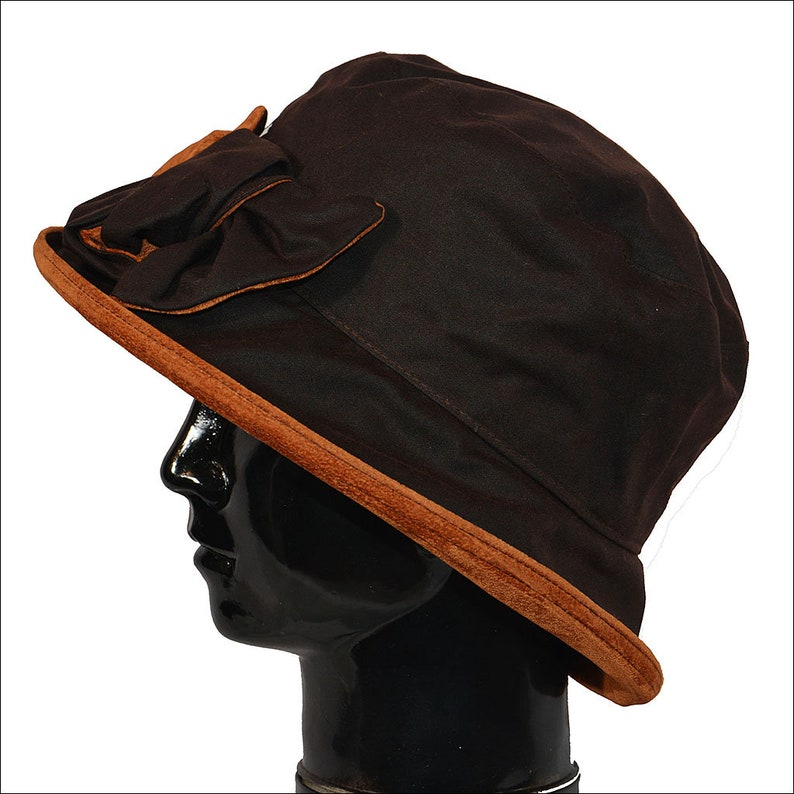 369acc36bf110 Waxed Hat in Brown   Tan City Smart Spring Rainhat Crushable