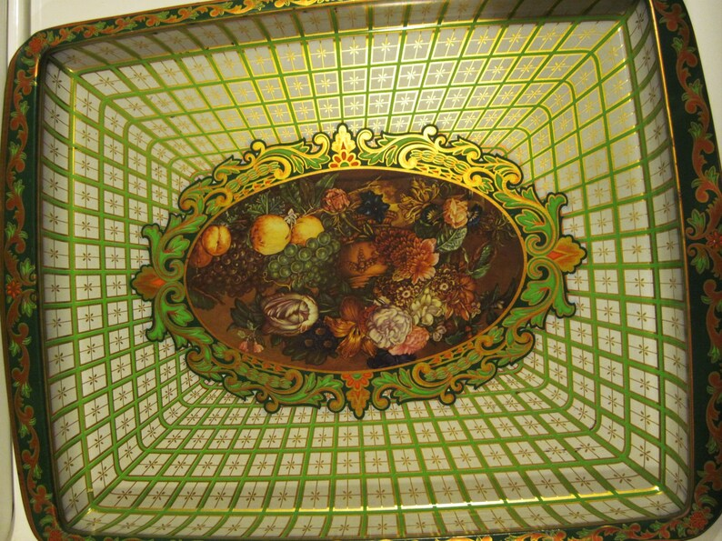 Daher Decorated Ware Metal Tray Made In England Patent Pending Etsy
