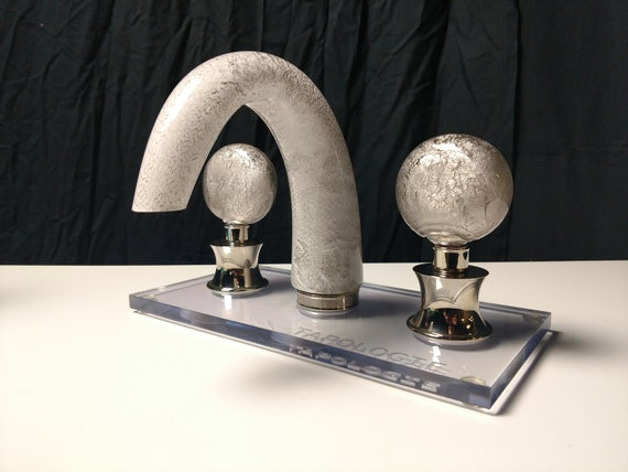 TAPOLOGIE. Glass Faucet. Clear Glass