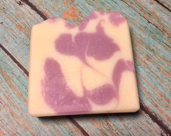 Lavender Homemade Soap Bar, Lavender Soap, Handmade Soap, Bath Gifts, Spa Gifts, Essential Oil Soaps
