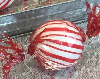Large Peppermint Snow Ball Bathbombs