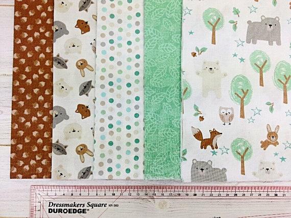 Baby Elephants fabric per 1//2 metre or 4 piece FQ BUNDLES  100 /% cotton poplin