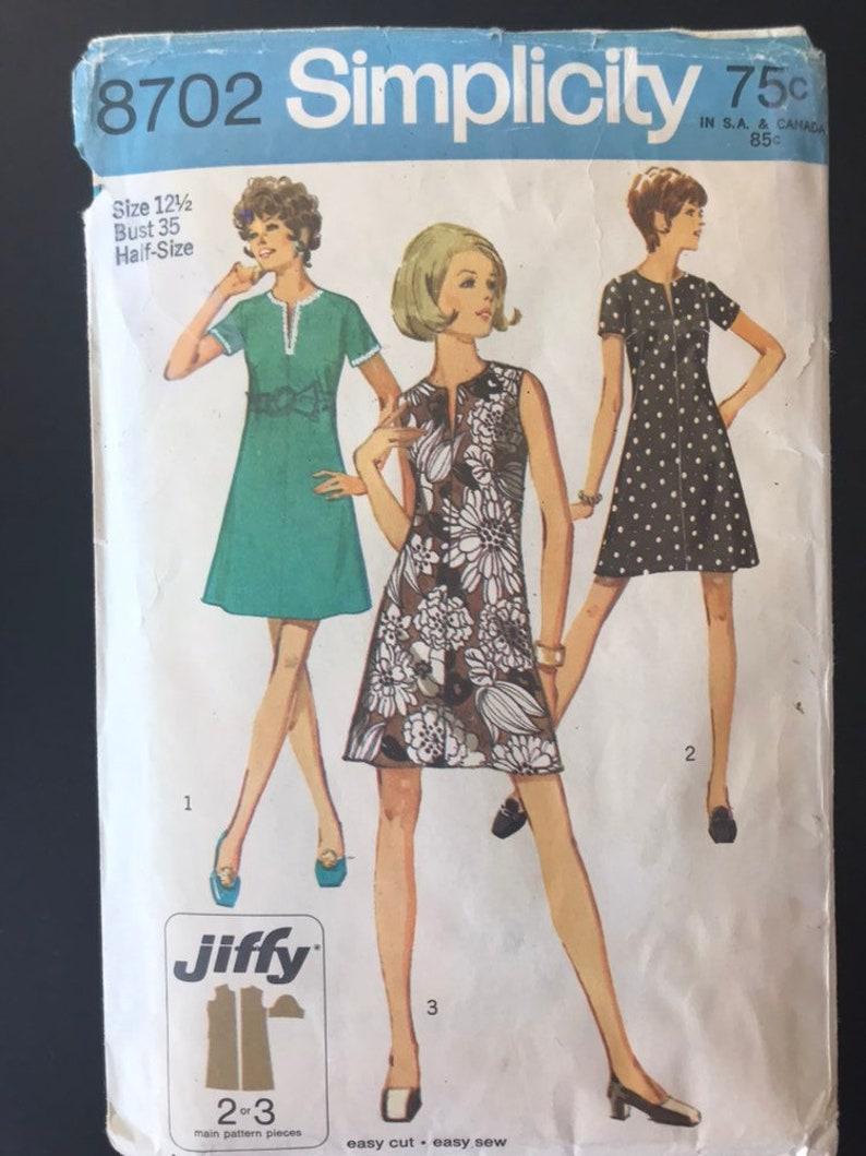 UNCUT 1970 Simplicity Pattern 8702 Bust 35 Size 12.5