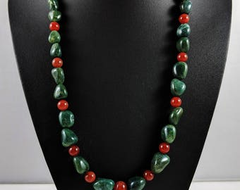 Green Agate and Red Carnelian Necklace
