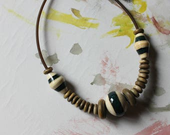 Organic necklace, glass and wood