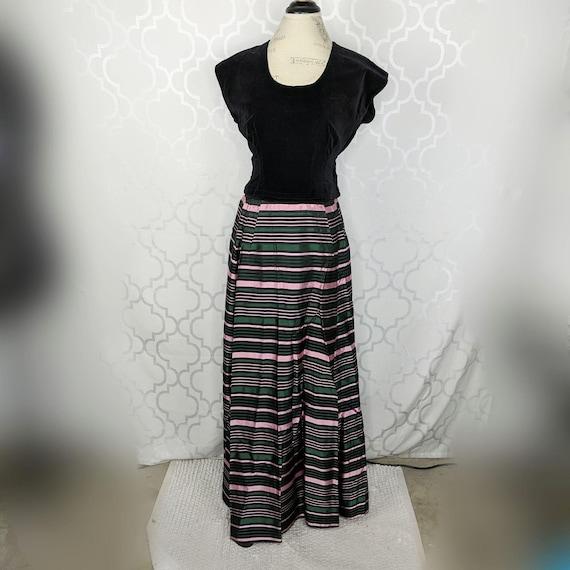 Vintage Carolyn Schnurer 2 Piece Outfit Sz XS Velv