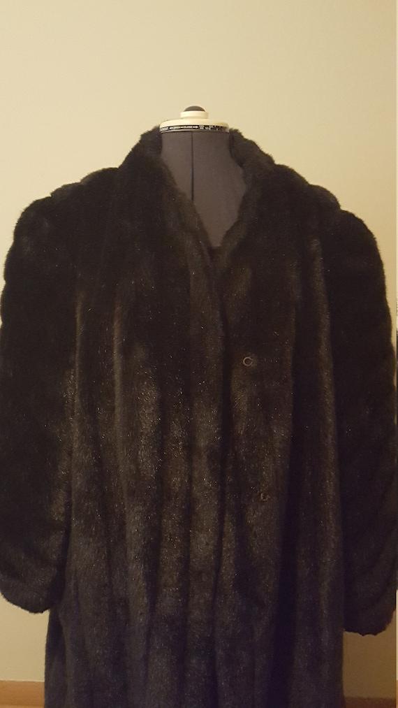 Made in U.S.A,. Faux Fur brown Coat, Full lenght … - image 2