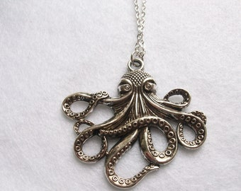 Stunning long octopus necklace