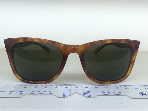 571c3abbd879 rare and unique Givenchy sunglasses brand new SGV 874M