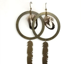 Sara natural feather earrings