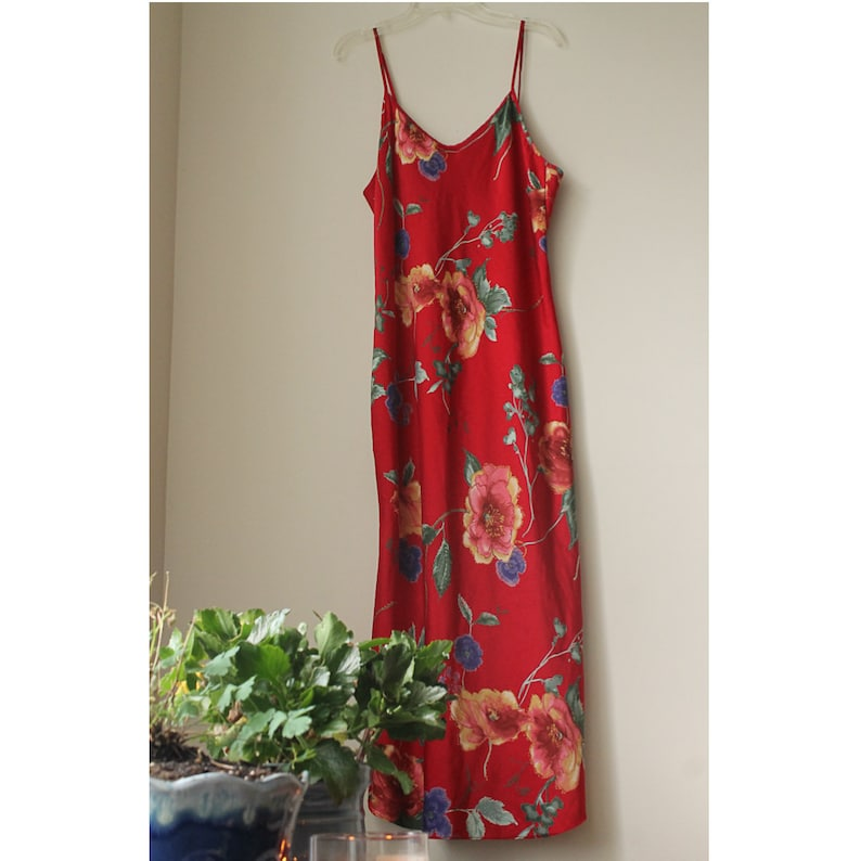 90s Large-Print Floral Red Nightgown Lingerie ~ Large